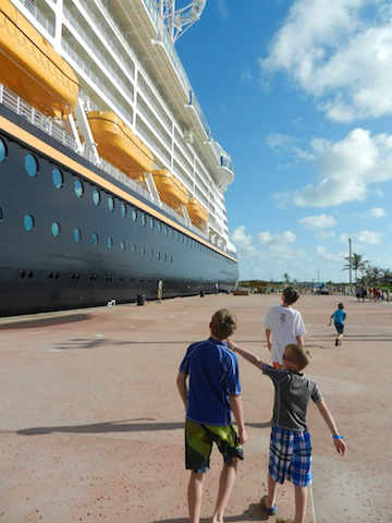 Disney Fantasy Castaway Cay docking