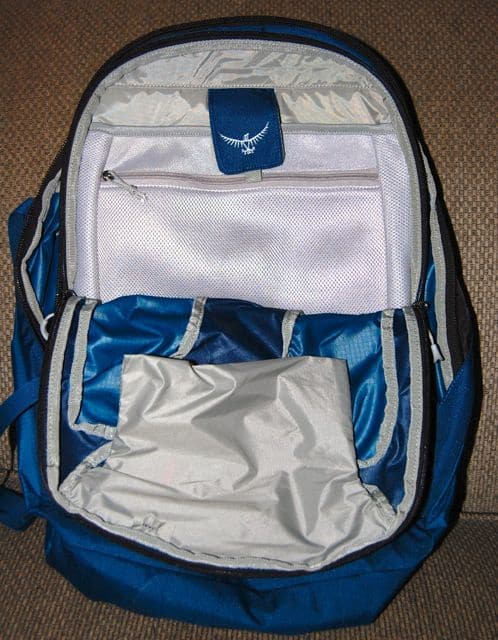 small-travel-backpack-osprey-farpoint-40-pocket