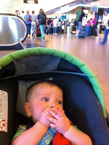 get through airport security with kids
